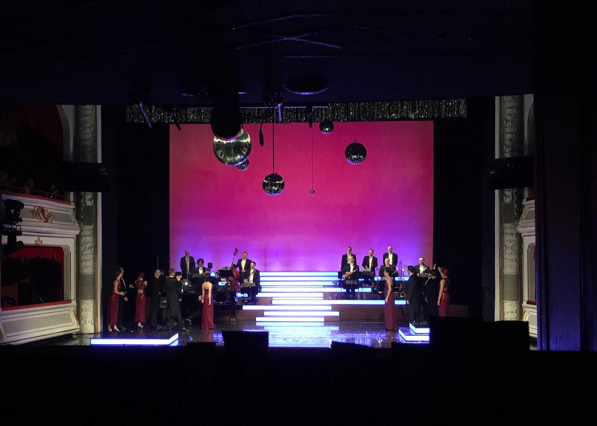 Karl Wiedemann Meister², Lichtdesign, Lights of Broadway (3)