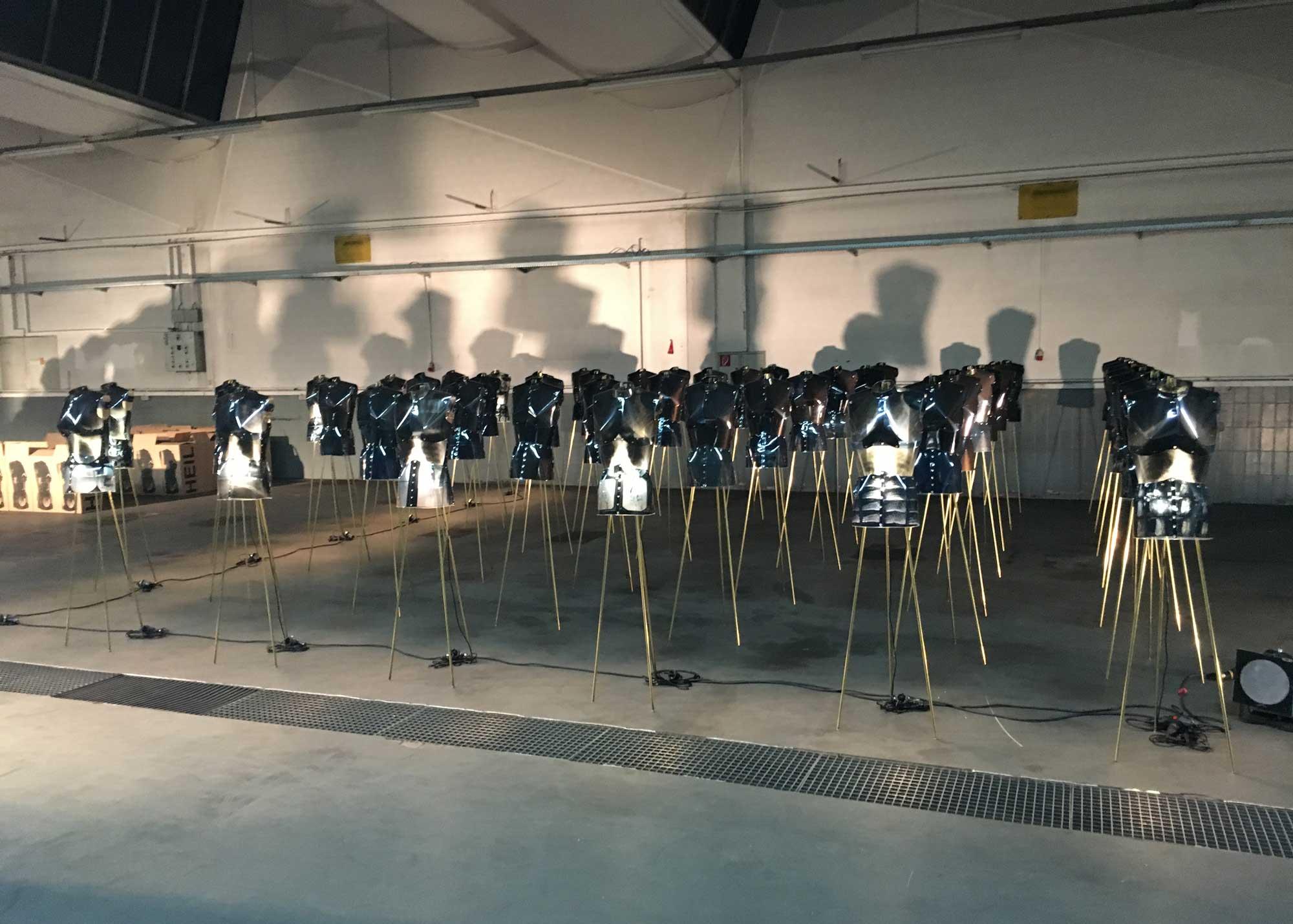 Karl Wiedemann Meister², Lichtdesign, Ausstellung: Heil (4)